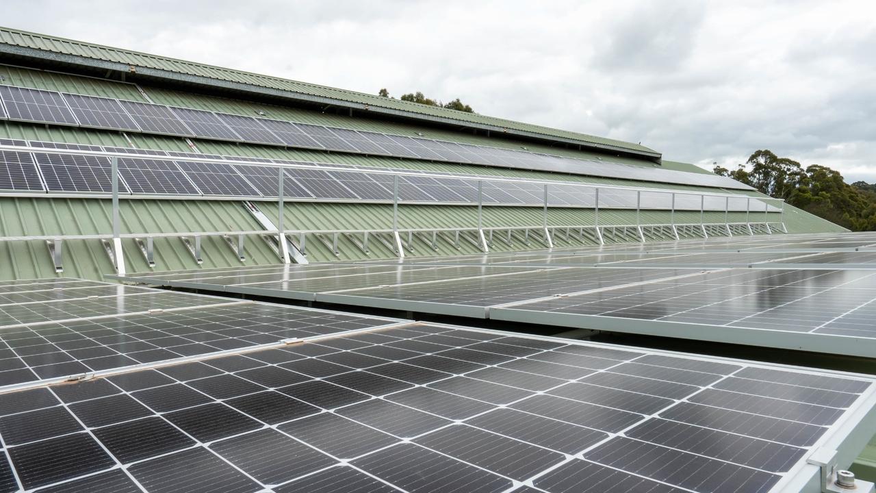 Elinbank-Solar-Panels